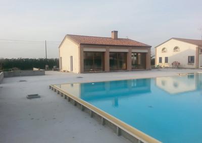 NOVOGRADNJA s nastavkom kuće i bazenom
